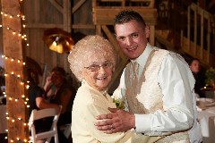 images2/RSL_Feature/GroomGrandmaDance-01-JGA_3777.jpg